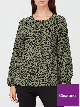 v-by-very-printed-round-neck-long-sleeve-shell-top-animal