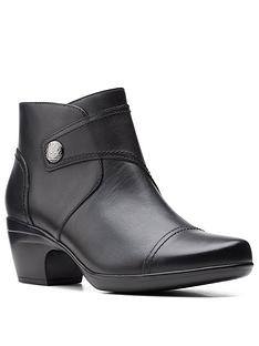 clarks-emily-calle-wide-fit-ankle-boot