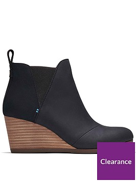toms-kelsey-leather-wedge-ankle-boot-black