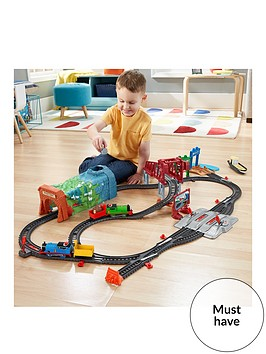 thomas-friends-day-out-on-sodor-set