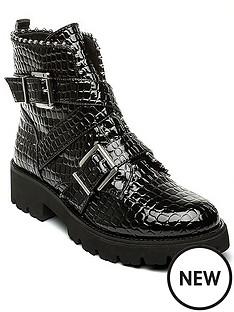 steve-madden-hoofy-ankle-boots-black