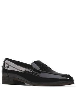 clarks-hamble-loafer-black-patent