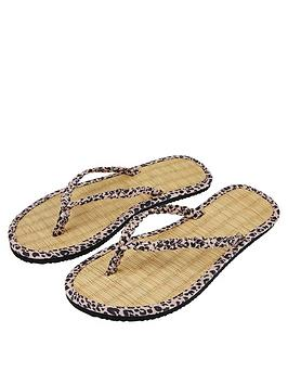 Accessorize   Leopard Plait Seagrass Flip Flops - Nude