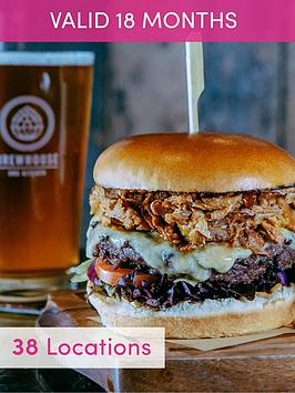 activity-superstore-gourmet-burger-and-a-craft-beer