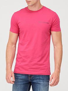 calvin-klein-jeans-institutional-chest-logo-t-shirt-pink