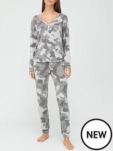 v-by-very-henley-pyjamas-camo
