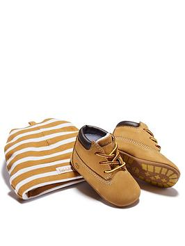 timberland-baby-crib-bootie-and-hat-gift-set
