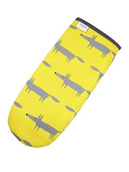 scion-mr-fox-gauntlet-oven-glove-yellow