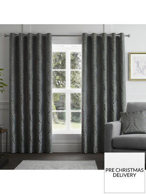 curtina-chateaux-eyelet-curtains