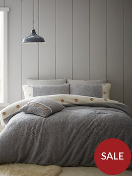 catherine-lansfield-nbspso-soft-buttoned-sherpa-duvet-cover-set