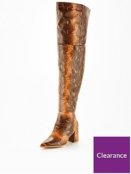 missguided-missguided-snake-low-block-heel-over-the-knee-boots-tan