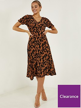 quiz-quiz-crepe-animal-print-ruche-sleeve-midi-dress