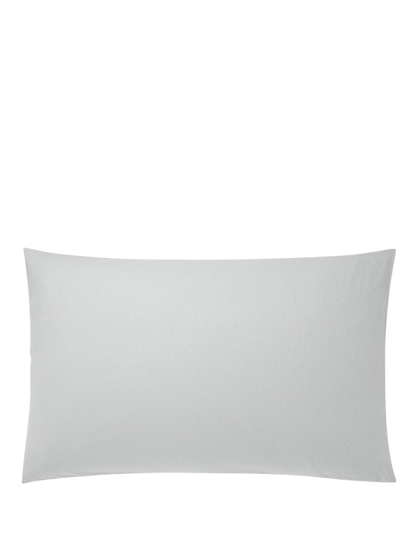 Coleman Housewife Pillowcase