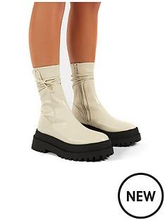 public-desire-finale-ankle-boot-bone