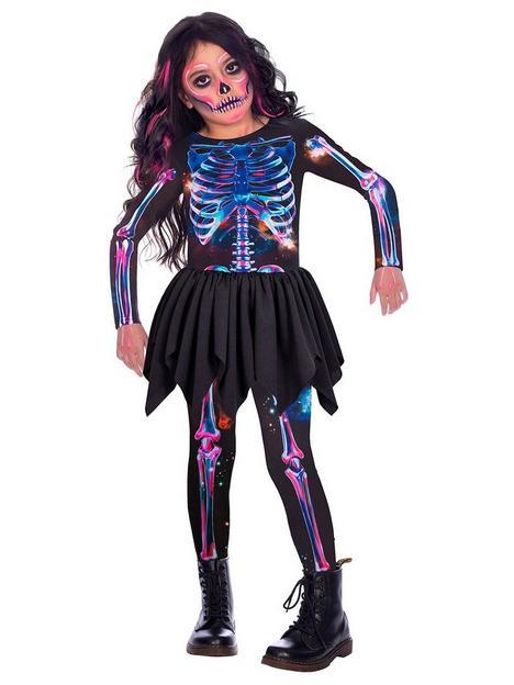 sustainable-skeleton-girl-costume