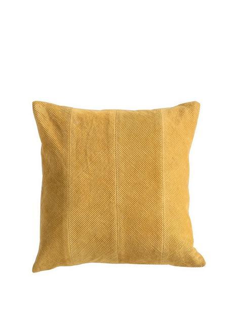 gallery-corduroy-velvet-cushion