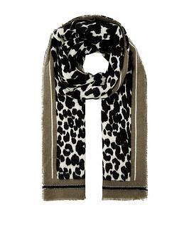 accessorize-leopard-boarder-blanket-monochrome