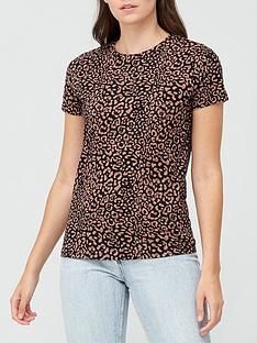 v-by-very-the-all-over-print-t-shirt-print