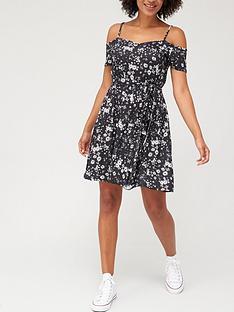 v-by-very-cold-shoulder-jersey-dress-daisy-print
