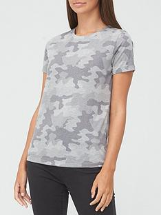 v-by-very-the-all-over-print-t-shirt-camo