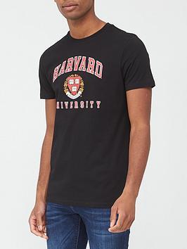 very-man-harvard-university-t-shirt-black