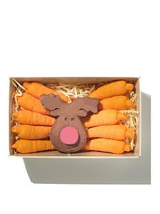 choc-on-choc-chocolate-carrots-and-reindeer-selection-box-185g