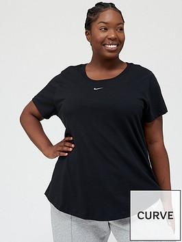 nike-nswnbspessential-lbr-t-shirt-black-curve