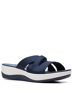 clarks-arla-rilee-wedge-sandal-navy