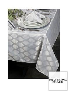 waterside-9-piece-silver-geo-christmas-table-linen-set