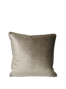 riva-home-luxe-velvet-cushion