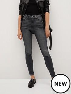 mango-washed-skinny-jeans-grey