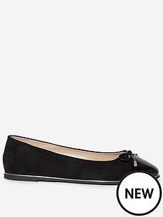 dorothy-perkins-wide-fit-pine-toe-cap-detail-ballerina-pumps-black