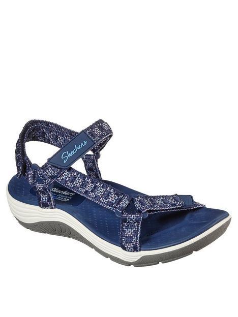 skechers-reggae-cup-knit-flat-sandal-navy