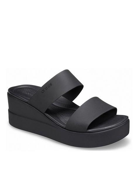 crocs-brooklyn-mid-wedge-sandal-blackblack
