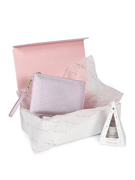 katie-loxton-limited-edition-christmas-kindness-box-season-to-sparkle