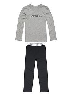calvin-klein-boys-long-sleeve-pyjama-set-greyblack