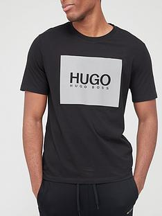 hugo-dolive-211-reflective-logo-t-shirt-black
