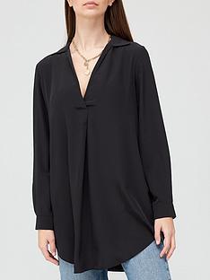 v-by-very-longline-notch-neck-blouse-black