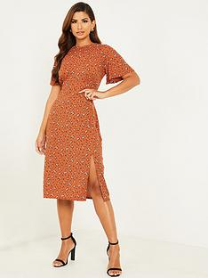 quiz-ribbed-floral-split-front-midi-dress-rust