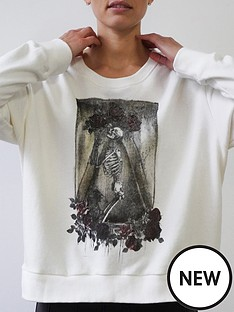 religion-inconceivable-skull-graphic-sweat-white