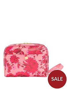 bando-getaway-toiletry-bag-potpourri