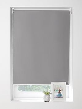 maison-blackout-roller-blind-with-metal-trim