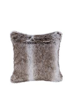 cascade-home-sable-faux-fur-cushion