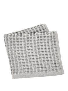 perri-home-waffle-hand-towel-platinum