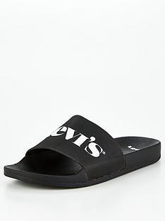 levis-modern-vintage-slider-black