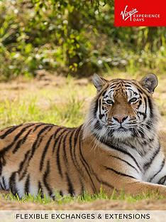 virgin-experience-days-big-cats-photography-experience-in-woburn-or-merseyside