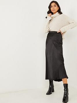 quiz-black-hammered-satin-midi-skirt