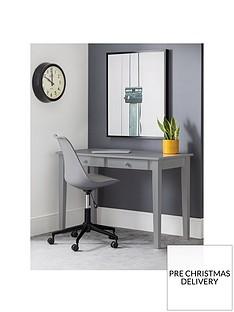 julian-bowen-carrington-desk