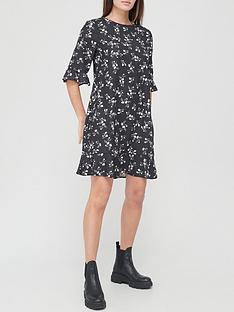 v-by-very-frill-sleeve-shift-dress-floral
