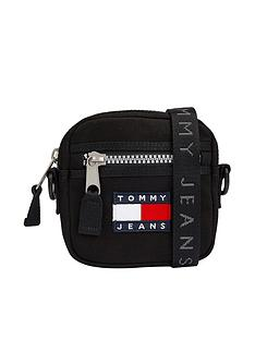 tommy-jeans-tjm-heritage-reporter-cross-body-bag